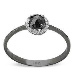 Ring aus 585 geschwärztem Weissgold und schwarzweissen Diamanten