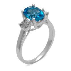 Ring aus 585 Weissgold mit 0,02 Karat Diamanten und einem 2,3 Karat Saphir