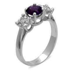 Ring aus 585 Weissgold mit 0,08 Karat Diamanten und einem 0,69 Karat Edelstein