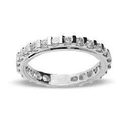 Ring aus 750 Weissgold mit 0,62 Karat Diamanten